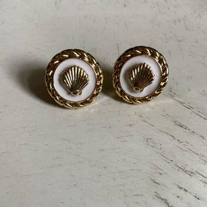 Lilly P. Earrings